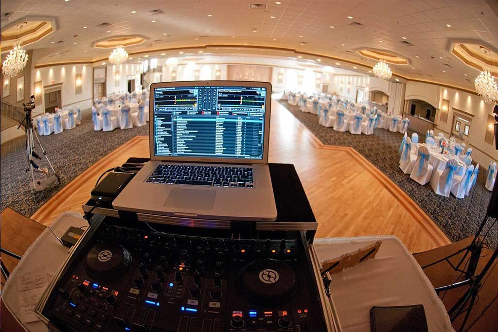chicago_wedding_dj_rig