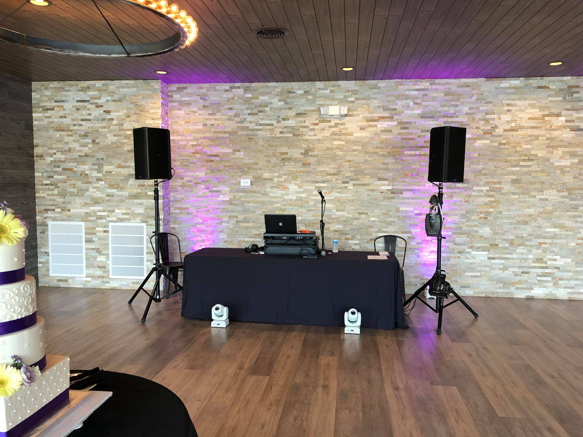 chicago wedding dj set up